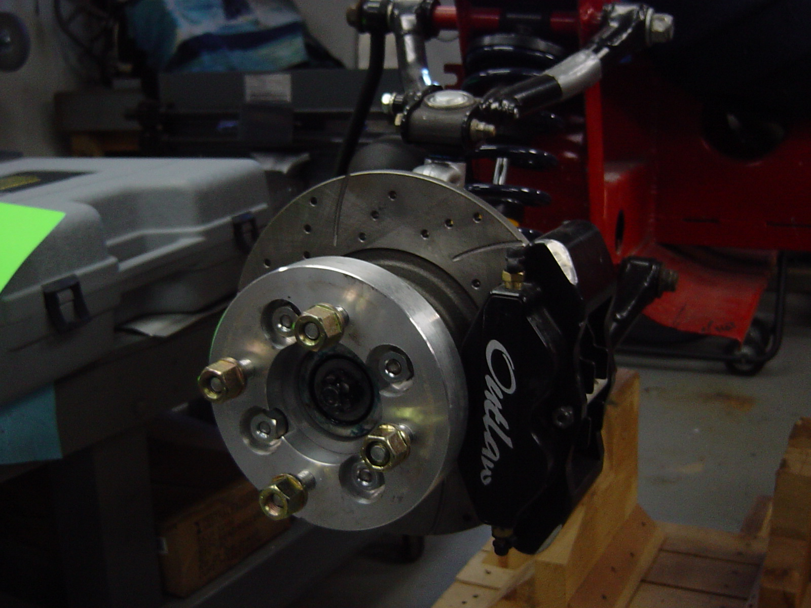Outlaw front calipers M-16 on stock mounts