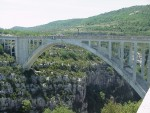 Bungee jumping at the Gorges du Verdon